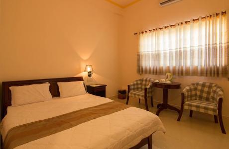 Nhật Hà Hotel