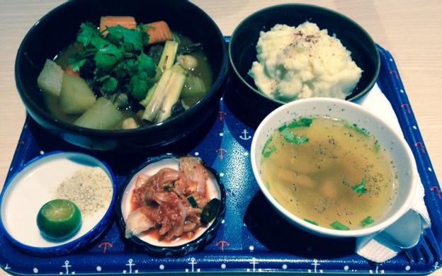 Lầu 5 Foodcourt, TTTM Romea,117 Nguyễn Đình Chiểu, P. 6 Quận 3 TP. HCM