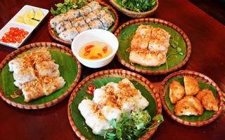 Quê Nhà - Không Gian Ẩm Thực Việt
