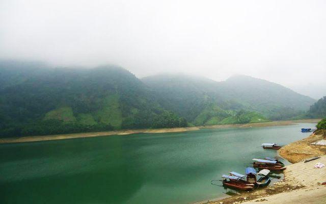 Hồ Vai Miếu ở Thái Nguyên