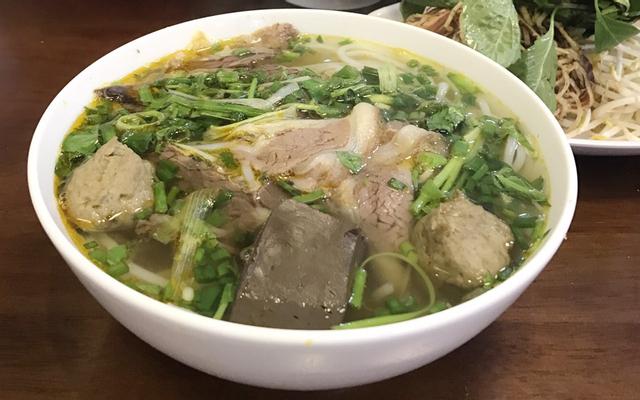 Bún Bò Giò Heo ở Lâm Đồng
