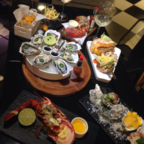 Max Oyster & Co - Seafood Bar