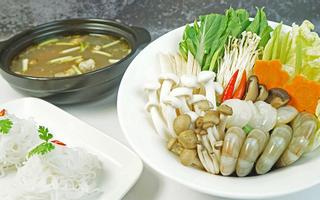Ẩm Thực DELICHI - Món Ngon Gia Đình Việt