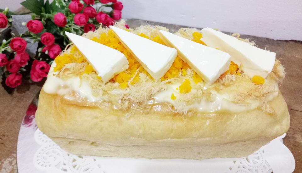 Bánh Mì Phô Mai Chảy Chà Bông - Sweetie Cakes - Tiệm Bánh Online