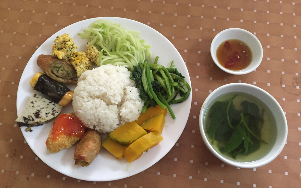 Cơm Chay Hòa Hảo - Bàn Cờ