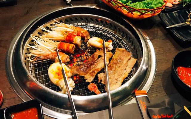 Deli 4B - BBQ & Hotpot ở Hà Nội