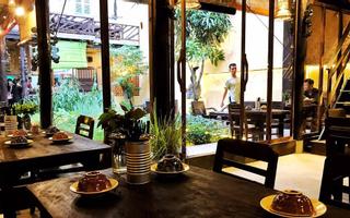 Secret House - Restaurant & Cafe