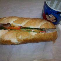Bánh Mì Anh Phán - Bánh Mì Gà & Thịt Nguội