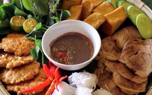 Lan Hương - Bún Đậu Mắm Tôm ở Điện Biên