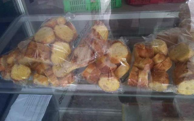 Lò Bánh Mì Nhật Tân ở Long An