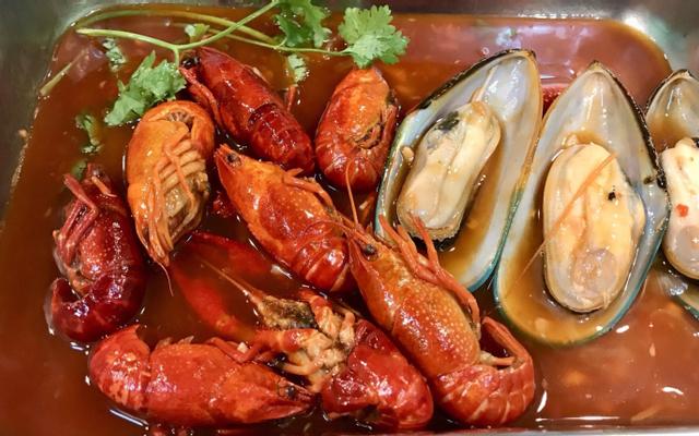 Phàm Nguyễn Crawfish - Tôm Hùm Đất & Ốc ở Vũng Tàu