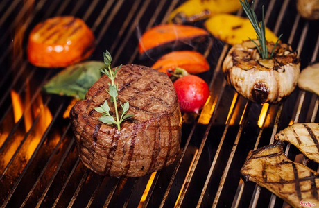 Moo Beef Steak - Cao Triều Phát