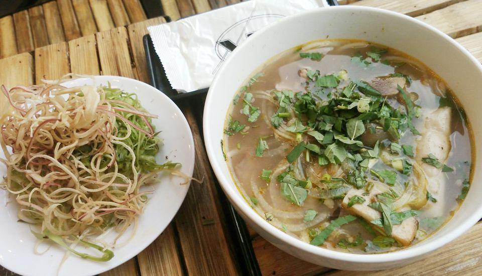 Bún Bò Huế Xưa - Phạm Văn Đồng