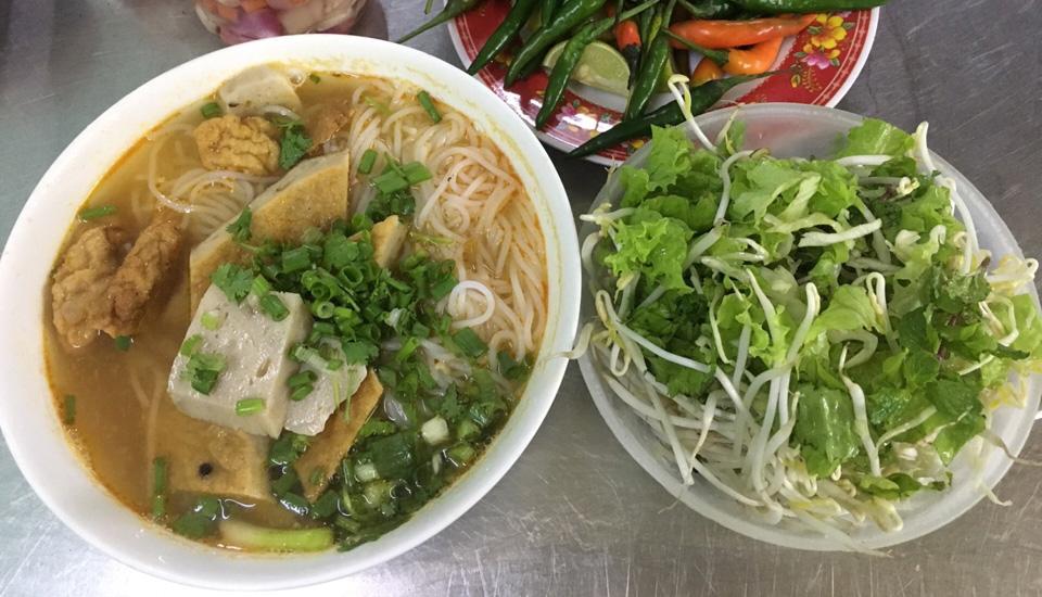 Đặc Sản Nha Trang - Bánh Canh & Bún Chả Cá
