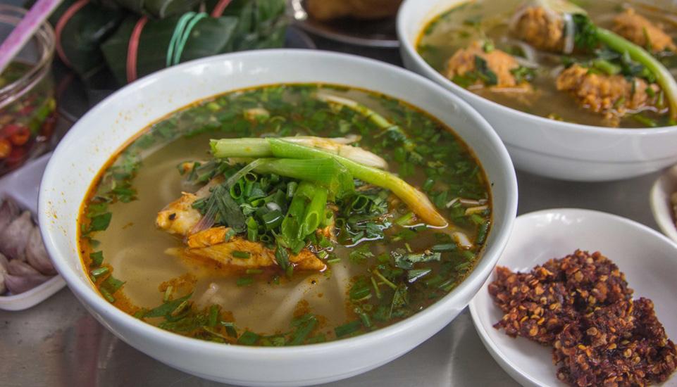 Quán Quê Hương - Bánh Canh Cá Lóc Quảng Trị