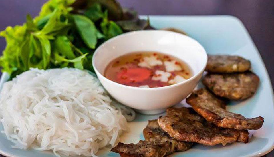 Hà Nội Quán - Bún Chả & Nem Cua