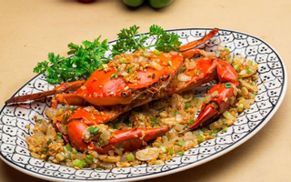 Hoàng Yến Vietnamese Cuisine - Lê Văn Sỹ