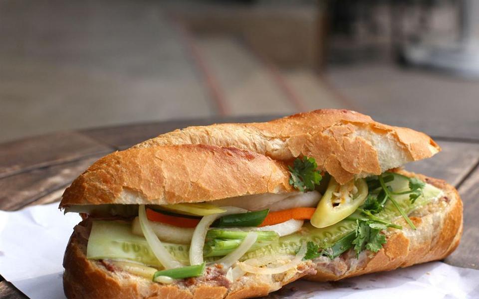 Mỹ Anh - Bánh Mì & Hamburger