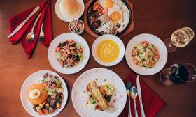 Ơ Bistro - Steak, Burger & Guabao