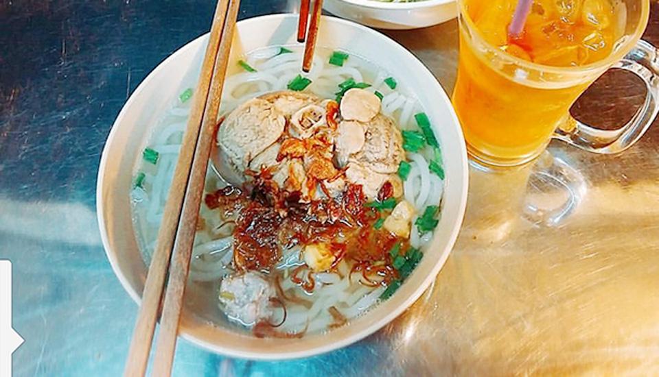 Cô Linh - Bánh Canh Bột Gạo