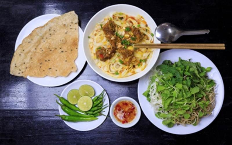 Mì Quảng 3 Anh Em - Phạm Hữu Lầu
