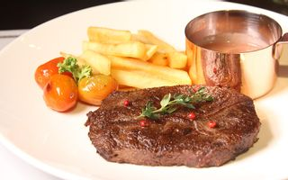 Fumo - Steak, Pasta & Bar