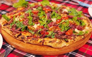 365 Degrees Pizzeria & Bar