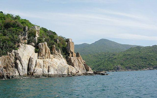 Vịnh Vĩnh Hy - Du Lịch Biển ở Ninh Thuận