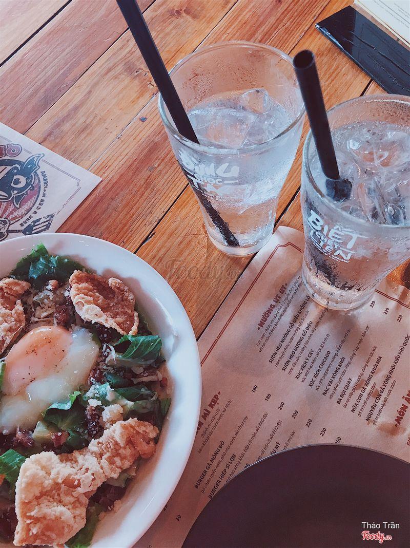 Salad Ceasar & Nước ngọt refill