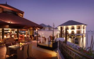 Sunset Bar - InterContinental Westlake