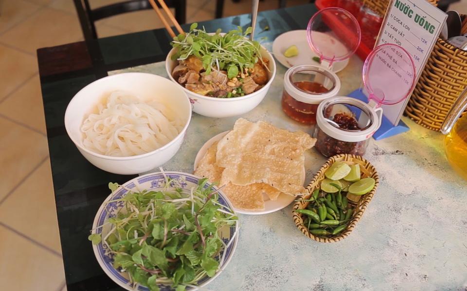 Mì Quảng Quỳnh Khương