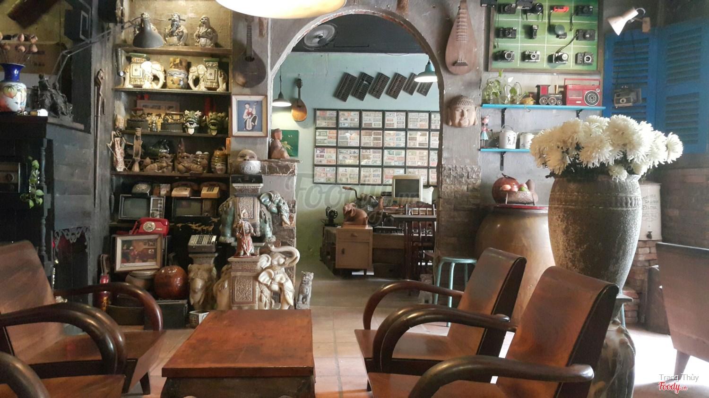 quán cafe cổ xưa ở Sài Gòn