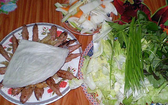 Nem Nướng Bà Hùng - Chi Lăng ở Lâm Đồng