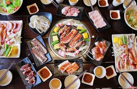 King BBQ Buffet - Nguyễn Văn Quá