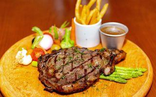 V Steak Station