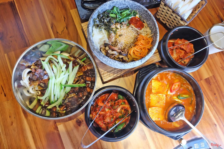 Nhà hàng Hàn Quốc Gogi House