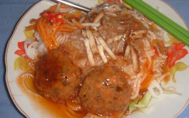 Quán 62 - Bánh Tầm Xíu Mại ở Cà Mau