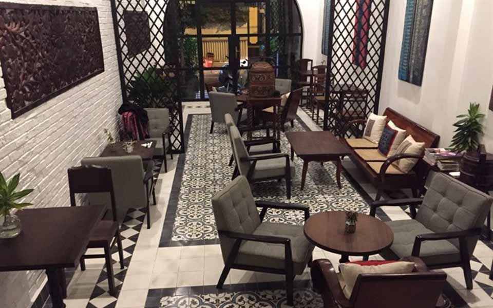The Vintage Emporium Cafe - Brunch - Morrocan Eggs