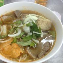 Song Anh - Bún Bò Huế
