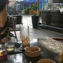 Live Café