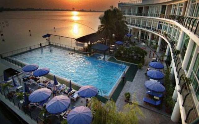 Hanoi Club Hotel - Tây Hồ ở Hà Nội