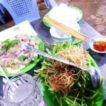 Lẩu Him Lam - Phạm Thế Hiển