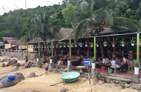 Bảy Ban - Nhà Hàng & Bãi Tắm Ven Biển