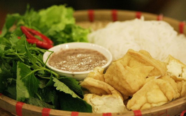 Bún Đậu, Lẩu - Lạc Trung ở Hà Nội