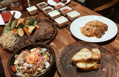 The First Steakhouse & Winery - Hoa Đào