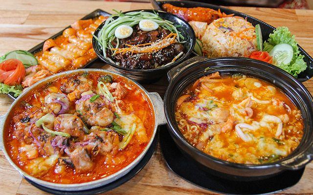 Phố Mì Cay Seoul 12 Cấp Độ - Bà Triệu ở Huế