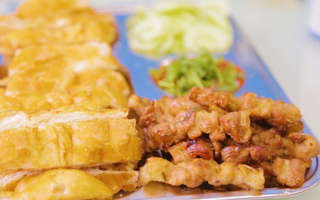 Bánh Mì Nướng Lạng Sơn - Trần Quốc Hoàn ở Hà Nội
