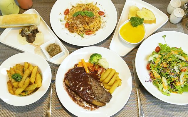 Steak Land - Food & Coffee ở Hà Nội