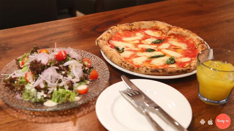 Pizza Ý kiểu Napoli siêu độc đáo