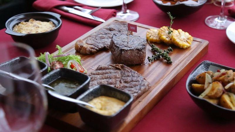 Steak phần 4 người ăn view siêu lung linh
